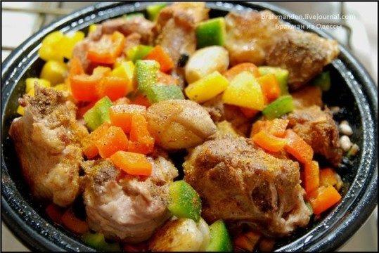 Баранина, тушенная с овощами по-арабски