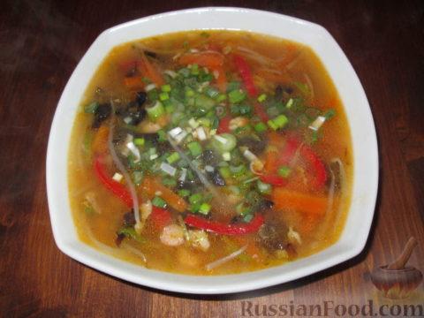 Дальневосточный грибной суп (китайская кухня)