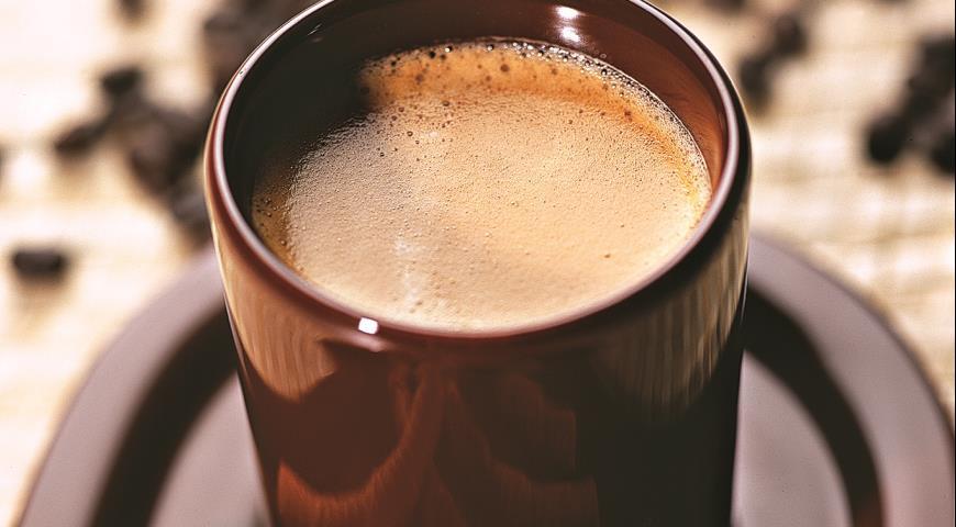 Кофейный пунш с яйцом и мороженым