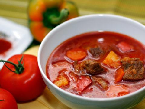 Острый суп-гуляш с бараниной