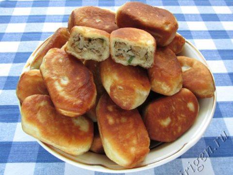Пирожки с мясом и капустой