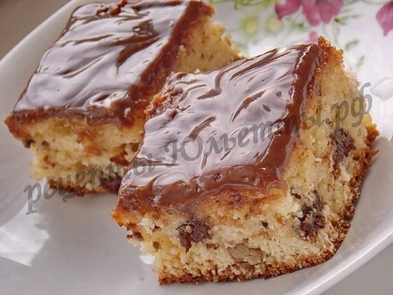 Пирожные ореховые в шоколадной глазури
