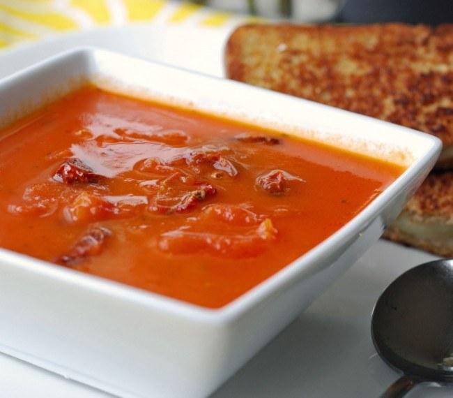 Холодный суп из томатного сока