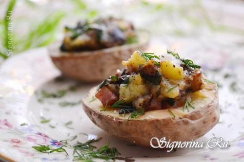 Картофель, фаршированный баклажанами и сыром