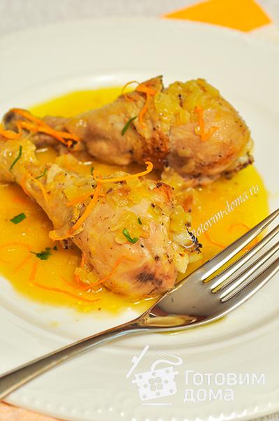 Курица, фаршированная зелеными овощами с апельсиновым соусом