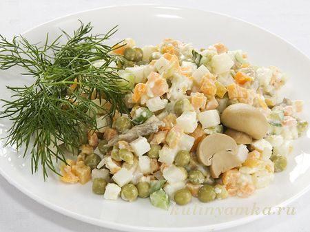Оливье с маринованными грибами