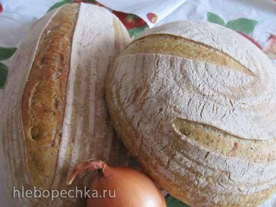 Хлеб пшеничный с черносливом и лимоном