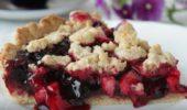 Пирожки с черной смородиной и яблочным повидлом