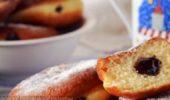 Пончики жареные с шоколадной начинкой